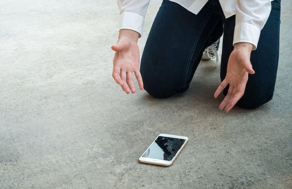 Mit mindent kockáztatunk egy védtelen telefononkészülékkel?